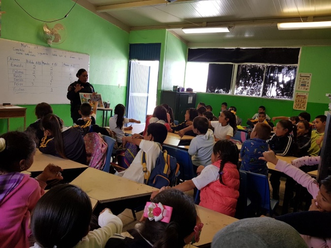 Policía Municipal de Tijuana imparte DARE a 170 niños