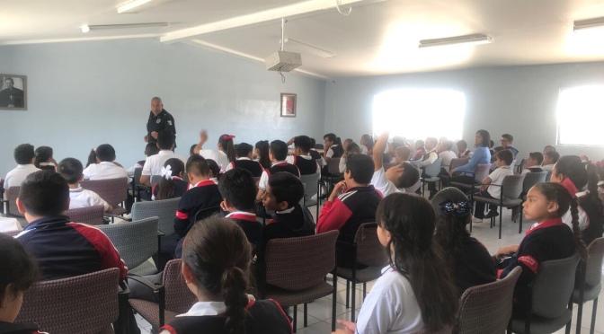 Policía Municipal imparte DARE en primaria SSPM